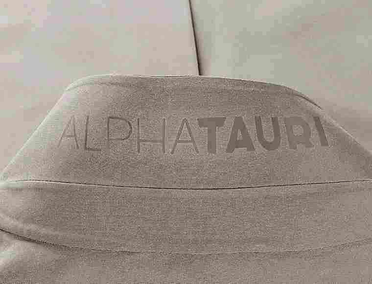 OKANU V2.Y5.01 Premium Coat (ATA20001):  okanu-v2-y5-01-premium-coat (image/jpeg)