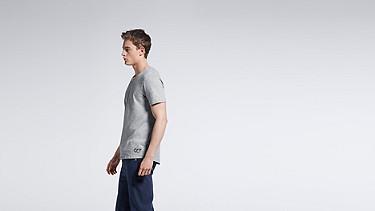 JASP V1.Y0.01 V-neck T-shirt grey / melange Front Main Alpha Tauri