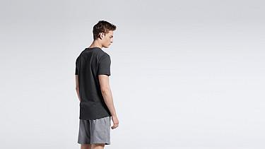 JASP V1.Y0.01 V-neck T-shirt black Front Alpha Tauri