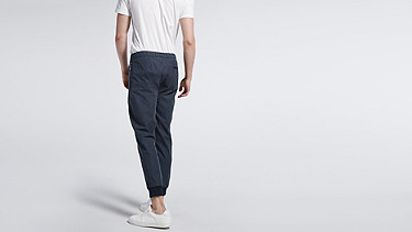 PORI V1.Y0.02 Tapered Pants navy Front Alpha Tauri