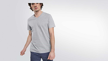 BUCK Taurex V-neck T-shirt grey / melange Model shot Alpha Tauri