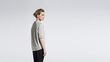 SERA V1.Y0.02 Short-sleeved Sweatshirt grey Front Alpha Tauri