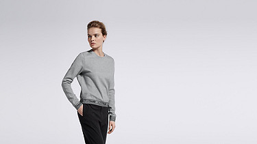 SAJI V1.Y0.02 Impact Sweatshirt grey Model shot Alpha Tauri