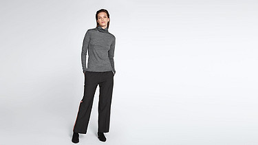 FOLE V1.Y0.02 Fine-knit Turtle Neck dark grey / anthracite Front Main Alpha Tauri