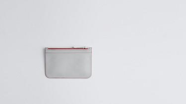 ACRA V1.Y0.02 Kleine Clutch-Bag grey / pink Hinten Alpha Tauri
