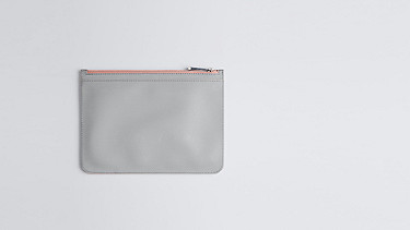 AGEA V1.Y0.02 Large Clutch grey / pink Back Alpha Tauri