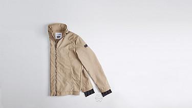 OULO V1.Y1.01 Signature Jacket beige - sand Back Alpha Tauri