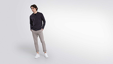 SARO V1.Y1.01 Sweatshirt with Collar Detail navy Front Main Alpha Tauri