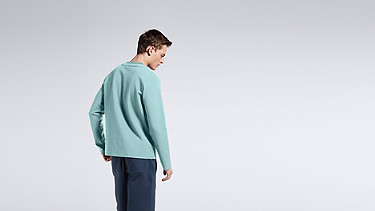 SARO V1.Y1.01 Sweatshirt with Collar Detail mint Front Alpha Tauri