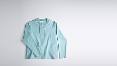 SARO V1.Y1.01 Sweatshirt with Collar Detail mint Back Alpha Tauri