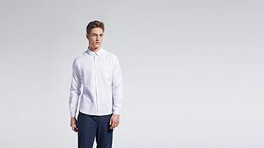 WIDT V2.Y1.01 Oxford Shirt white Model shot Alpha Tauri