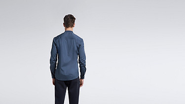 WADE V1.Y1.01 Sportliches Hemd blue Vorne Alpha Tauri