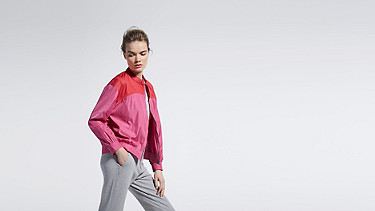 OUMU V1.Y1.01 Sportive Blouson pink / other Front Main Alpha Tauri