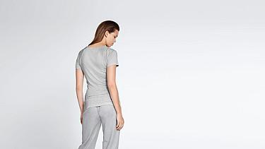 JENA V1.Y1.01 Cashmere-mix T-Shirt with Collar Detail grey / melange Front Alpha Tauri