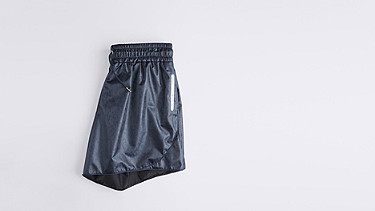 PALL V2.Y1.01 Sporty Shorts navy Back Alpha Tauri