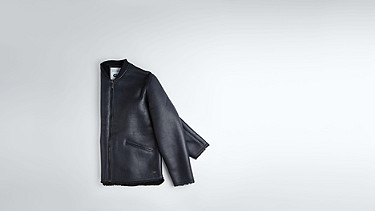 LION V1.Y1.02 Leather Shearling Jacket navy Back Alpha Tauri