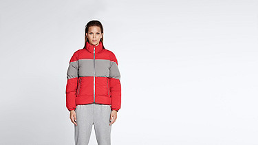 OKLA V1.Y1.02 Padded Jacket with Primaloft® Filling red / grey Model shot Alpha Tauri