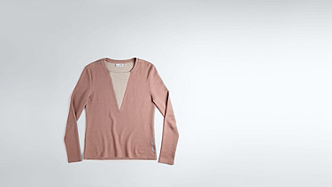 SIMP V1.Y1.02 V-feature Sweater rose Back Alpha Tauri