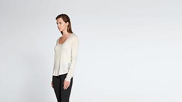 JOLA V1.Y1.02 Long-sleeved T-shirt offwhite Front Alpha Tauri