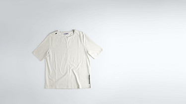 JARI V1.Y1.02 Slot-neck T-shirt white Back Alpha Tauri