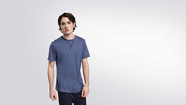 JASO V1.Y2.01 Taurex® T-Shirt with Tape Detail blue Model shot Alpha Tauri