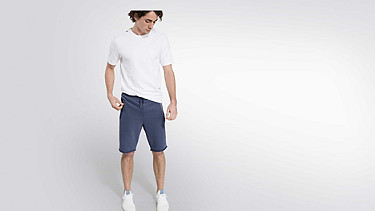 PUGH V2.Y2.01 Sweat Shorts blue Front Main Alpha Tauri