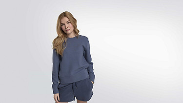 SONA V1.Y2.01 Taurex® Ribbed Sweatshirt blue Model shot Alpha Tauri
