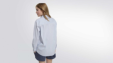 WAMA V1.Y2.01 Blouse with Stripes blue / white Front Alpha Tauri