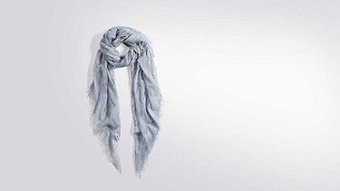 ALIC V1.Y2.01 Scarf light blue Back Alpha Tauri