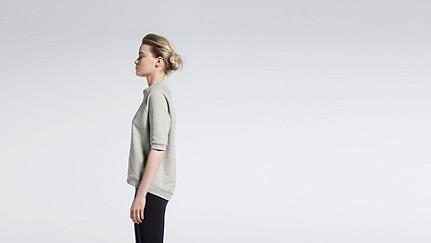 SERA V1.Y0.02 Short-sleeved Sweatshirt grey Front Main Alpha Tauri