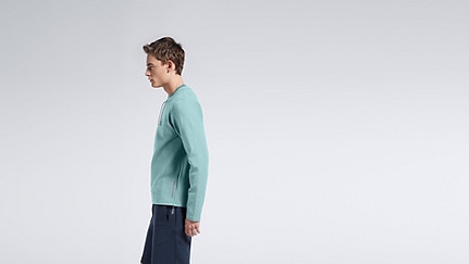 SARO V1.Y1.01 Sweatshirt with Collar Detail mint Front Main Alpha Tauri