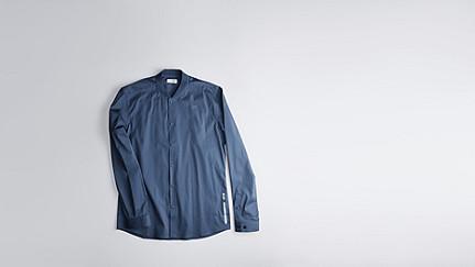 WADE V1.Y1.01 Sportive Shirt blue Back Alpha Tauri