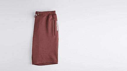 PUGH V1.Y1.01 Jersey Shorts bordeaux Back Alpha Tauri