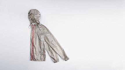 OCHA V1.Y1.01 Zusammenfaltbare Jacke light grey Hinten Alpha Tauri