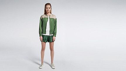 OUMU V1.Y1.01 Sportive Blouson green / other Front Main Alpha Tauri