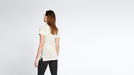 JENA V1.Y1.01 Cashmere-mix T-Shirt with Collar Detail offwhite Front Alpha Tauri