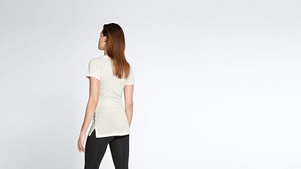 JENA V1.Y1.01 Stripe-detail T-shirt offwhite Front Alpha Tauri