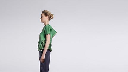 SUYI V1.Y1.01 Short Sleeved Sweathoodie green Front Main Alpha Tauri
