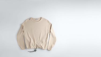 SIRA V1.Y1.01 Sweatshirt mit Kordelzug rose Hinten Alpha Tauri