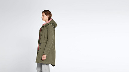 KORY V4.Y1.02 Two-piece Insulated Parka olive Front Alpha Tauri