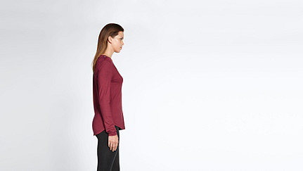 JYNN V1.Y1.02 Long-Sleeved T-shirt red Front Alpha Tauri