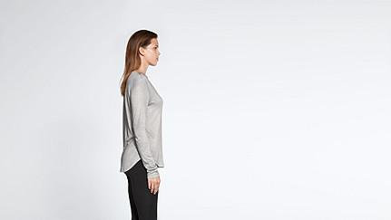 JOLA V1.Y1.02 Langärmliges T-Shirt grey / melange Vorne Alpha Tauri