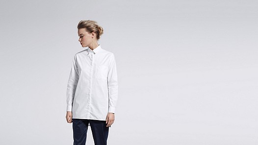 WYIN V1.Y0.02 Casual Shirt white Model shot Alpha Tauri