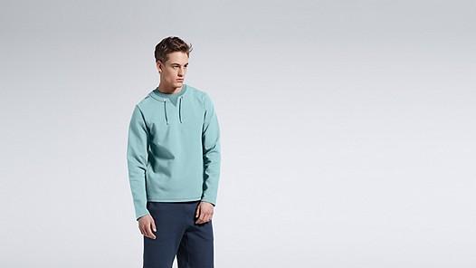 SARO V1.Y1.01 Sweatshirt with Collar Detail mint Model shot Alpha Tauri
