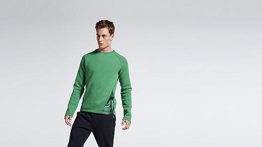 SATS V1.Y1.01 Combined fabric Sweatshirt green Model shot Alpha Tauri