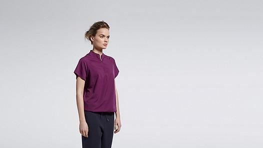 WABI V1.Y1.01 Short-sleeved Blouse purple Model shot Alpha Tauri