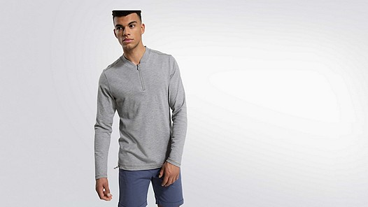 JOOK V2.Y1.02 Adjustable Longsleeve grey / melange Model shot Alpha Tauri