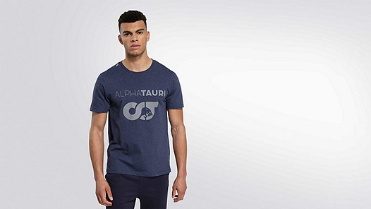 JERO V1.Y1.02 Herobranding T-Shirt navy / melange Model shot Alpha Tauri
