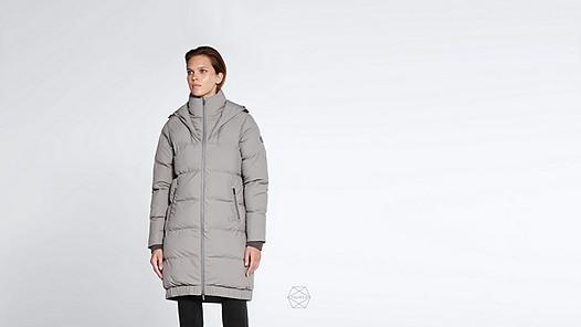 ODAR V1.Y1.02 Long Padded Taurex® Coat with Primaloft® Filling grey Model shot Alpha Tauri