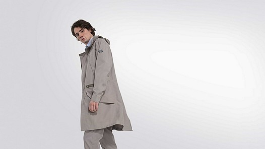 KORE V5.Y2.01 Taurex® Parka khaki Model Foto Alpha Tauri